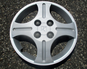 One factory 2003 to 2006 Saturn Ion bolt on 14 inch hubcap wheel cover