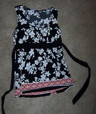 AGENDA black, red, and white blouse medium large L Lg sleeveless Pretty!