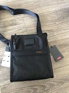 New TUMI Cross-body Pocket Bag Shoulder Bag Pouch Black