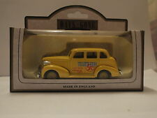 LLEDO DG48004A 1939 CHEVROLET CAR – YELLOW CABS (FINA PLC)