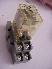Idec RH2B-UL AC24V  Relay NEW With Base Ships on Same Day of the Purchase