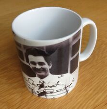 Nottingham Forest Mug - Brian Clough Signing for Forest with Signature