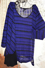*  TS ***  CASUAL STRETCH STRIPED TOP SZ M ***