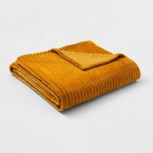 ROOM ESSENTIALS Ribbed Plush Bed Blanket | Yellow | TWIN XL | 🆕