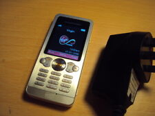 EASY BASIC CHEAP SENIOR  PENSIONER ELDERLY SONY ERICSSON W302 ON VIRGIN+CHARGE