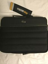 Solo Pro 210-4 Canada Laptop Bag