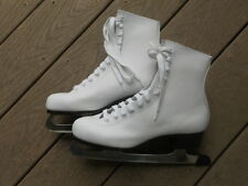 American Rocket Ladies Figure Skates, One Pair, White, Size 8, New In The Box