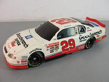 🏎️ NASCAR RACE RACING CAR AUTO AUTOMOBILE GOODWRENCH 29 DIECAST METAL K HARVICK
