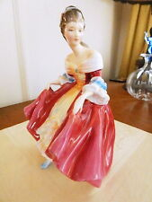 Royal Doulton Pretty Ladies SOUTHERN BELLE Figurine  HN#2229 - NICE!