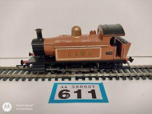 Hornby LSWR Class 0-4-0 No 709 Brown/Gold OO Gauge