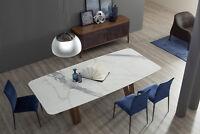 Tavolo Butterfly di Tonin Casa con il paino in marmo bianco carrara