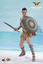 WONDER WOMAN Training Armor version Hot Toys 1/6 Figure GAL GADOT UK 2018