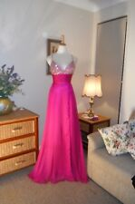 Designer Mac Duggal Ladies Magenta Sequin Formal/Evening Gown Size 4