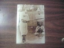 BABE RUTH > NEW YORK YANKEES MLB BASEBALL <  BLACK AND WHITE 5 X 7 PHOTO