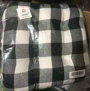 """(2) TWO New Indoor Outdoor Tufted Chair Seat Cushions 16"""" X 16"""" Checkered"""