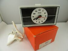 J535 ��Vintage Mauthe Synchron Repeto Table Clock Alarm 70er Years Design ��