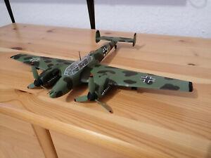 Bf 110 von Eduard in 1/48 - gebaut und bemalt - mit exklusivem Buch!