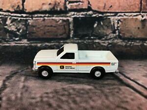 ERTL - John Deere Company White Ford Dealership Pickup Truck 1:64
