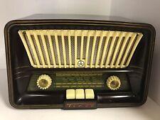 TESLA TENOR 426U Bakelite vintage old radio
