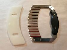 Pampered Chef Crinkle Cutter #1063 Garnisher Food Chopper Stainless Steel /Cover