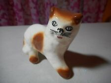 Vintage - Porcelain - Cat - Handpainted face - stamped 19 on the bottom
