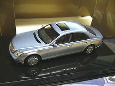 MAYBACH Mercedes  Luxus Limousine silber blau met 57 Autoart 1:43
