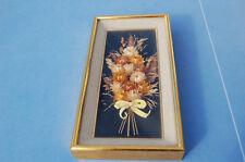 cadre rectangulaire contenant bouquet fleurs séchées hauteur 36cm vintage