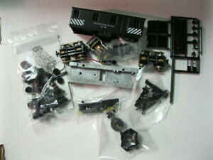 Vintage HO Scale Roundhouse Diesel Kit with track cleaner. Kit #651