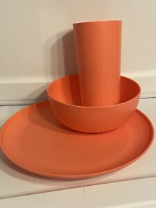 12 Items Orange Mainstay 4 Plates, 4 Bowls, 4 Cups Microwave Safe BPA free New