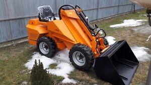 AFA-ROCK 7K 4WD Multipurpose Powerful Hydraulic Mini Skid Steer Loader