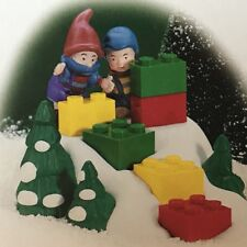 DEPT 56 - North Pole - LEGO - Little Builders //NEW IN BOX// 56810