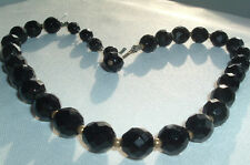 VINTAGE JET BLACK FACETED GLASS BEAD GOLDTONE NECKLACE IN GIFT BOX