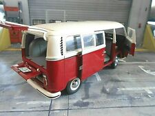 VW Volkswagen Bus T2 rot L weiss Fensterbus Transporter Schuco Metall NEU 1:18