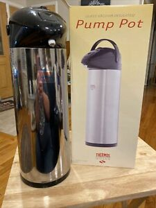 Thermos Nissan Glass Vacuum Insulated Pump Pot 2.7 Qts. / 2.5 L. Holds 20 Cups+