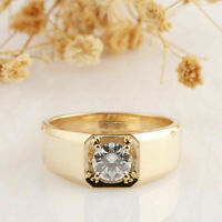 1.00Ct Round Cut White Diamond Men's Elegant Ring Band 14k Yellow Gold Finish