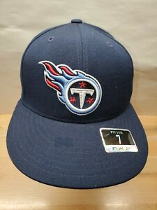 NFL Tennessee Titans Reebok Adult Basic Logo Fitted Cap Hat Size 7 NEW!