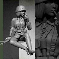 1/35 Resin Figure Model kit Female Tanker Crew soldier Unpainted 3-4cm E2P0 R8X4
