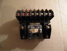 Square D Lighting Contactor #L01000 / Free Domestic Shipping