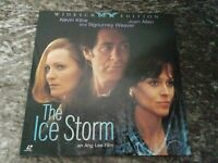 The Ice Storm Widescreen Laserdisc - Sigourney Weaver, Kevin Kline