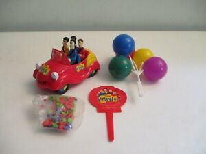 THE WIGGLES Big Red Plastic Car Deco Pac Cake Toppers NOS Sealed in Package!