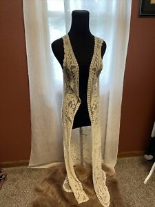 Women's Size Small Beautiful White Sheer Embroidered Sleeveless Open Duster
