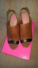 Stylish New Isaac Mizrahi wedge style leather platform sandals in original box
