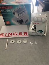 Singer Tiny Serger TS380A Overedging Machine.
