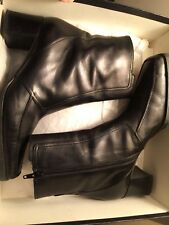 Via Spiga Women's Boots Size 8.5 Black Genuine Leather Chunky Heel Ankle zipper