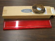 NOS OEM Ford 1980 - 1984 Lincoln Town Car RH Rear Reflector Lens 1981 1982 1983