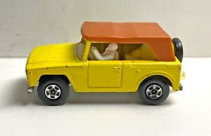 Matchbox Superfast Field Car No 18 - Rare with Driver - Vintage - 1:64
