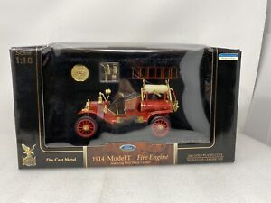 1/18 Road Signature 1914 Ford Model T Fire Engine Firetruck Part #  20038