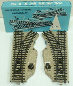 Marklin 5117 HO Left and Right Track Switches (Pair) EX/Box
