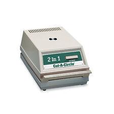 "Badge-A-Minit 2 1/4""&3"" Automatic Button Designs Cutter #2900"