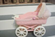 1998 Mattel Barbie Tiny Steps KellY 'S BABY DOLL  PINK Carriage LACE HOOD ROLLS